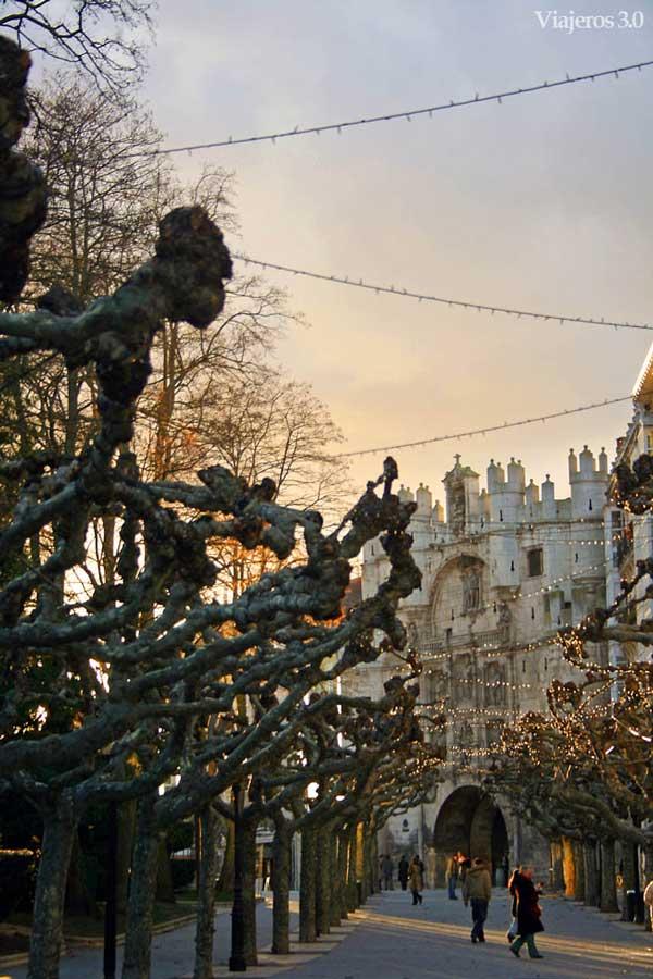 Qué ver y qué hacer en Burgos en un fin de semana, paseo del Espolón