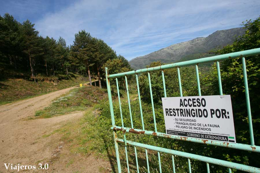 Acceso a los caminos restringidos de la Garganta de los Infiernos