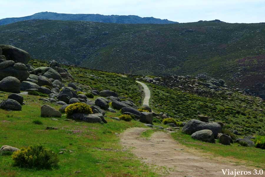 Valle Glaciar de la Serrá en la Sierra de Gredos extremeña