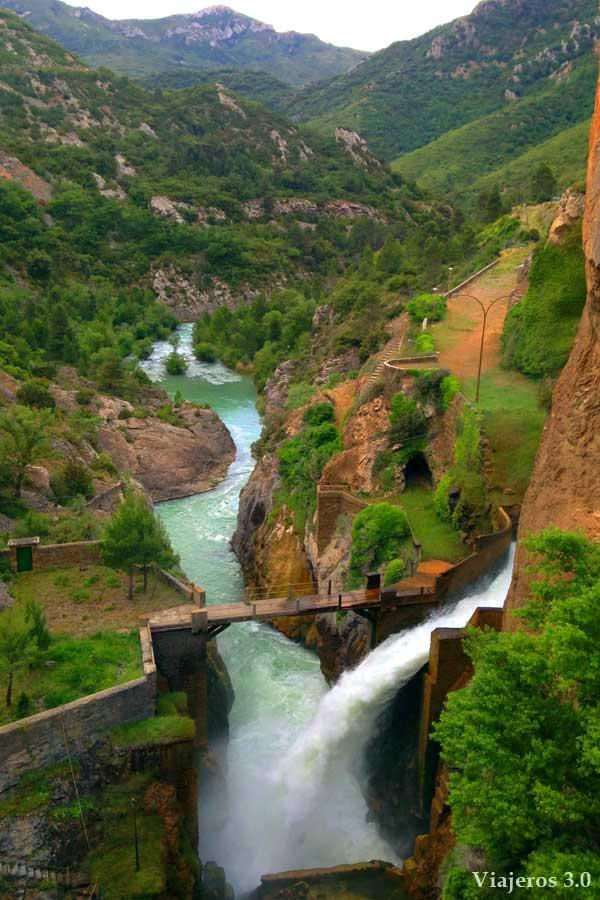 embalse de la Peña en Huesca