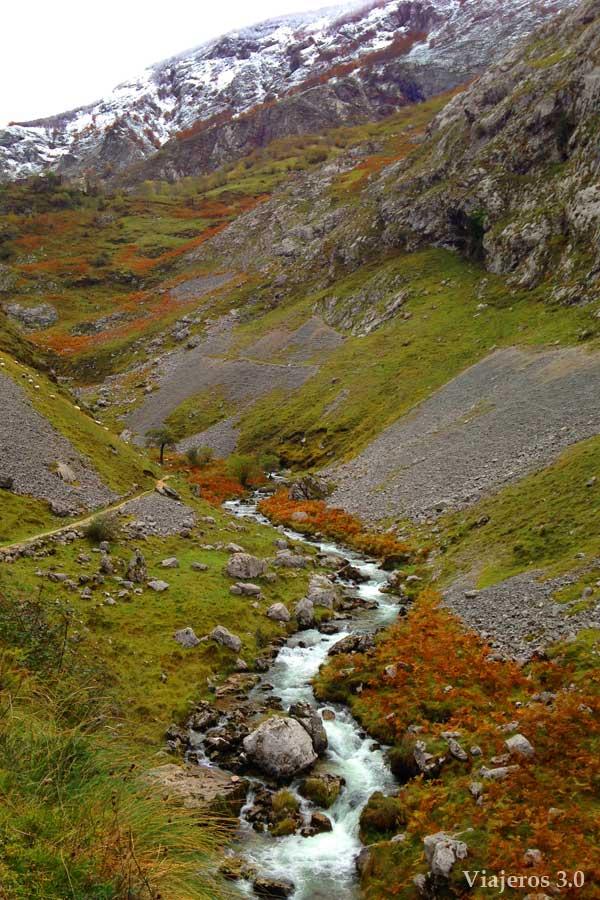 canal del Tejo, Cómo subir a Bulnes a pie