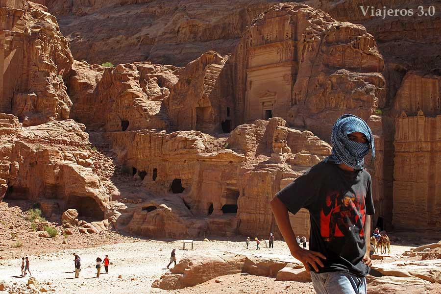 Petra y sus antiguos moradores, los beduinos