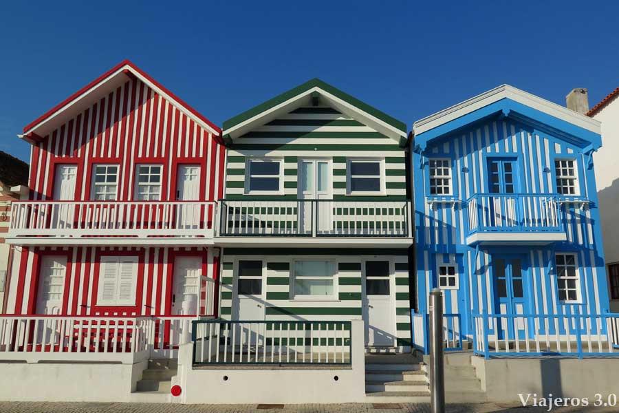casitas de colores de Costa Nova, playas de Aveiro