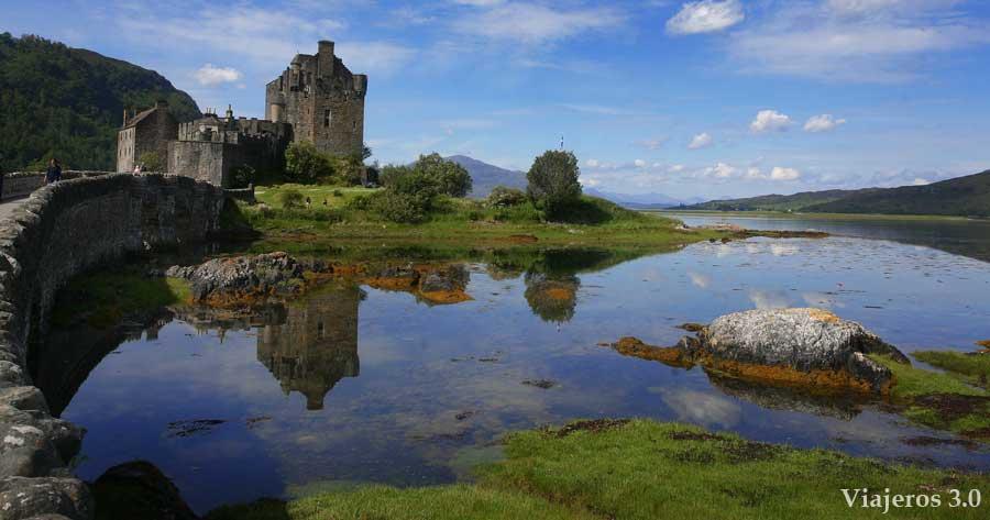 Castillo de Eliean Donan en ruta por las Highlands (Escocia)