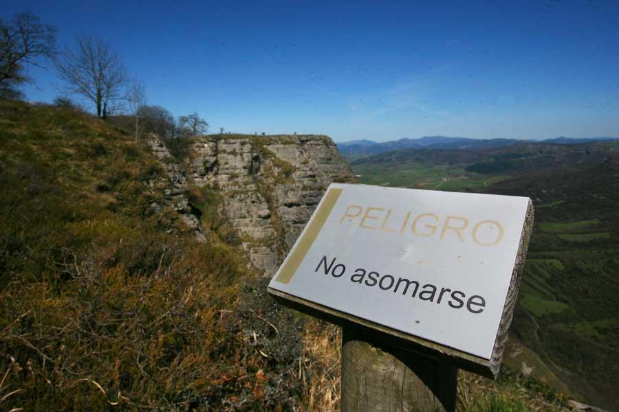 cortado del Monte Santiago, junto al Salto del Nervión