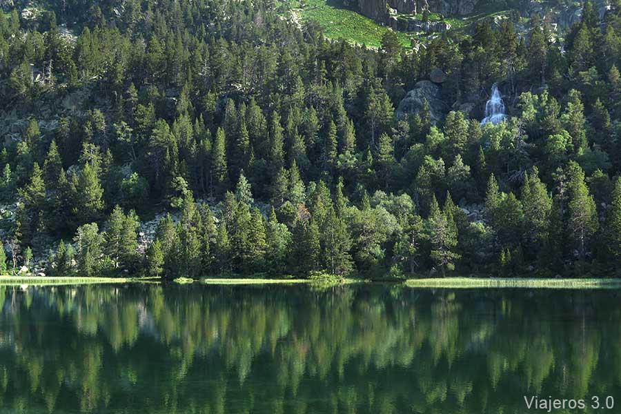 lagos en el Pirineo catalán
