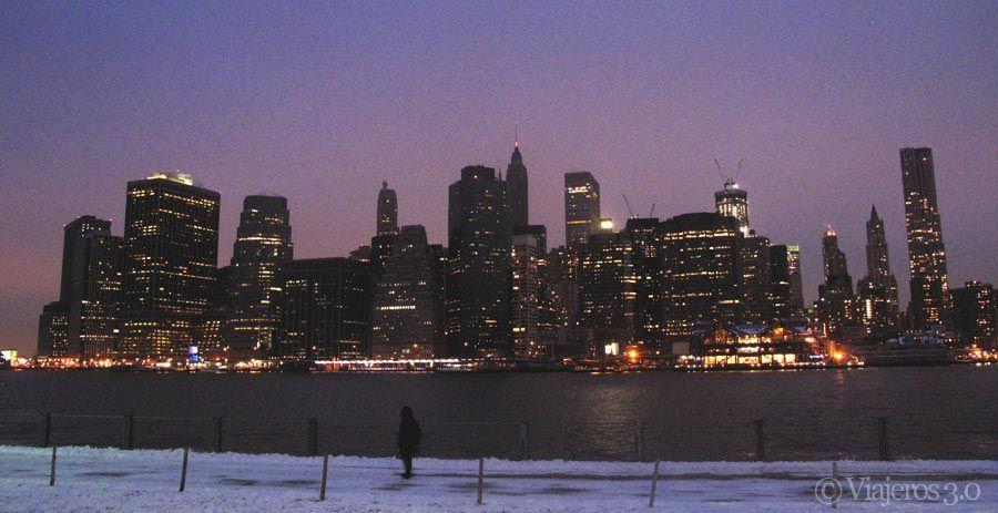 Skyline de Nueva York nevado.