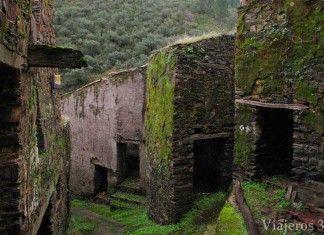 Riomalo de Arriba, arquitectura negra de Las Hurdes