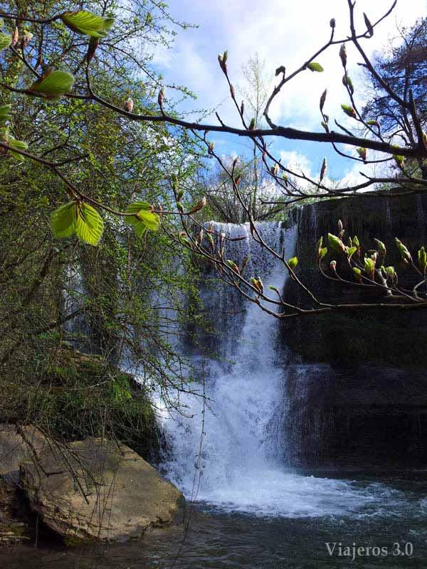 Peñaladros, una de las cascadas más bonitas de Burgos.