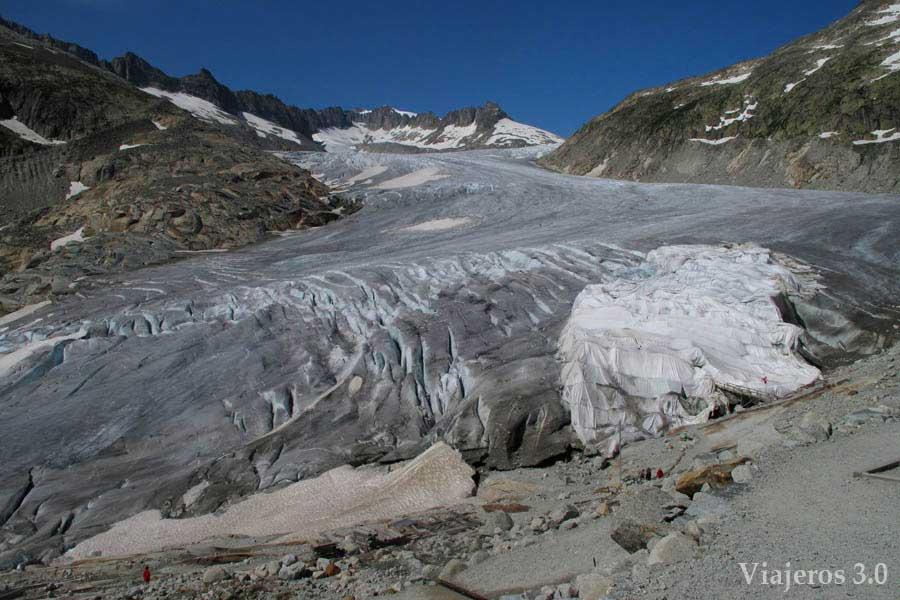Glaciar del Rodano en Suiza, carretera de los 3 puertos