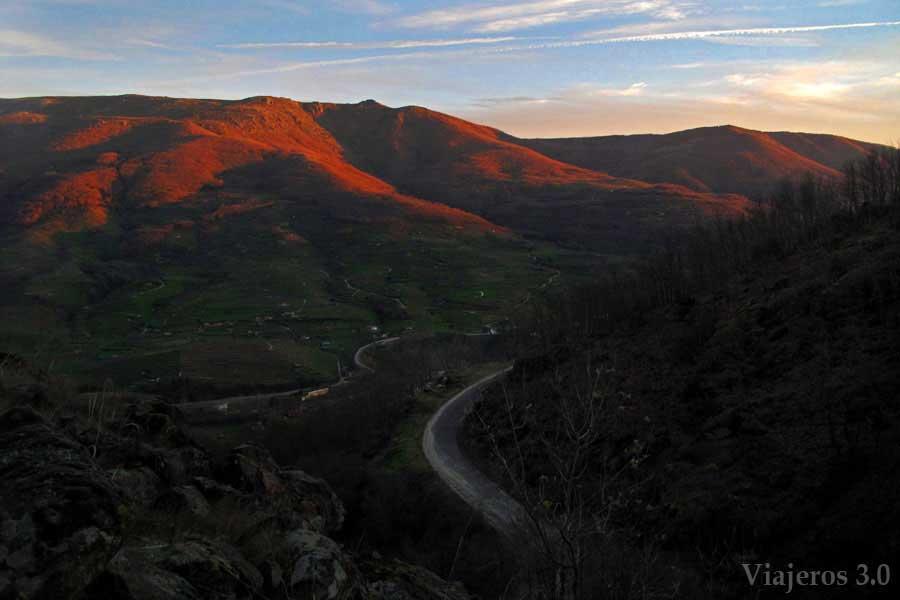Panorámica del Valle del Jerte desde la Garganta de las Nogaledas