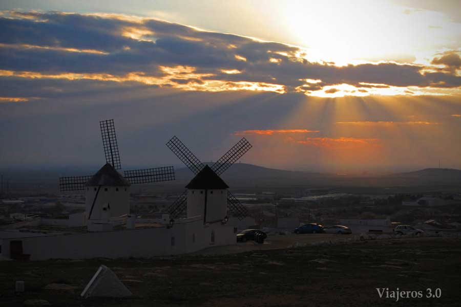 molinos de viento manchegos en Campo de Criptana