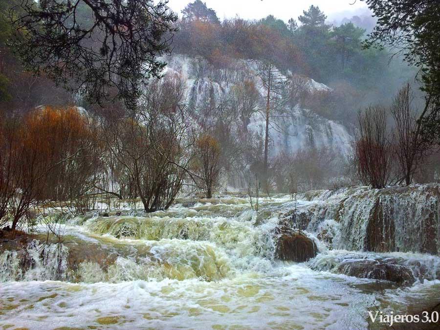 cascada nacimiento del río Cuervo, cascadas en España.