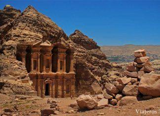 El Monasterio de Petra Jordania