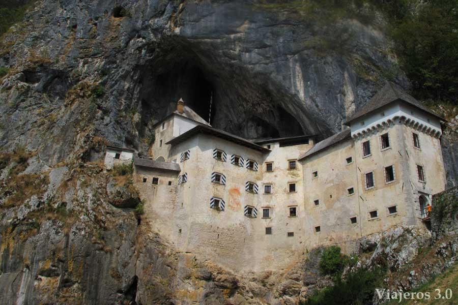castillo de Predjama, imprescindibles de Eslovenia