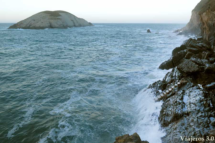 playa de Covachos, las mejores playas de Costa Quebrada.