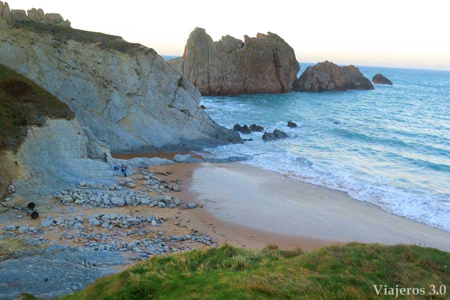 playa de la Arnía en Cantabria, playas de Costa Quebrada