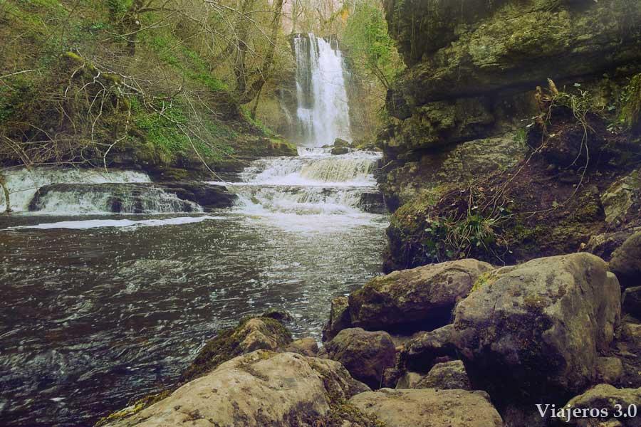 cascada de las Pisas en Las Merindades