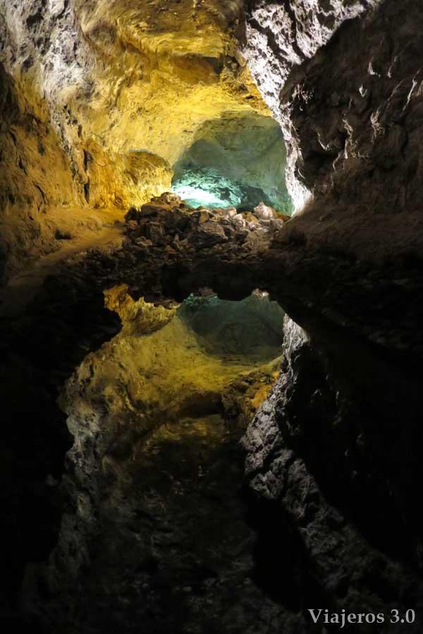 Que hacer y que ver en Lanzarote, cueva de los Verdes.