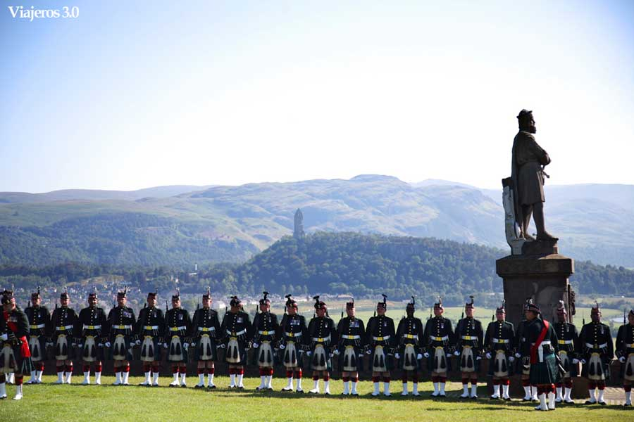 monumento de william Wallace, en ruta por Escocia