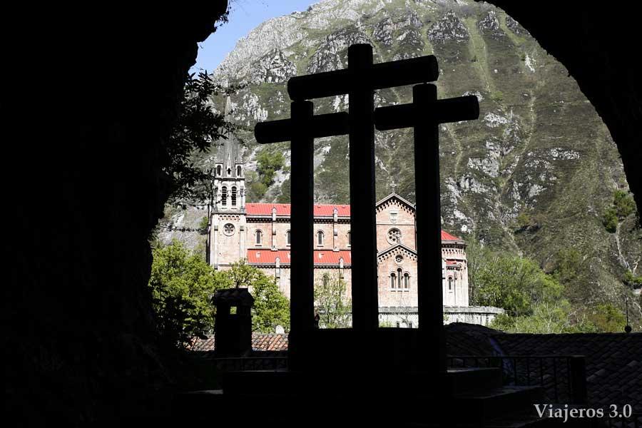 Basílica de Covadonga, qué ver cerca de Cangas de Onís