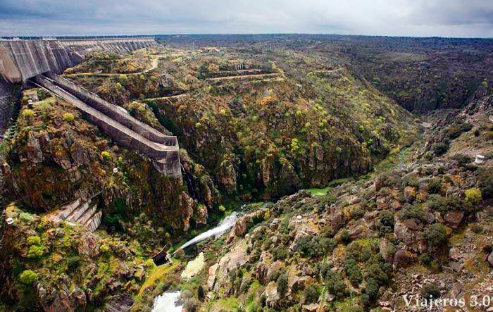 Presa de la Almendra y río Tormes, Parque Natural Arribes del Duero