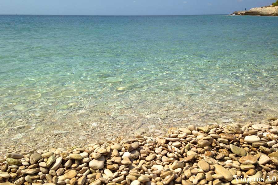 aguas cristalinas en el Cabo de Kamenjak