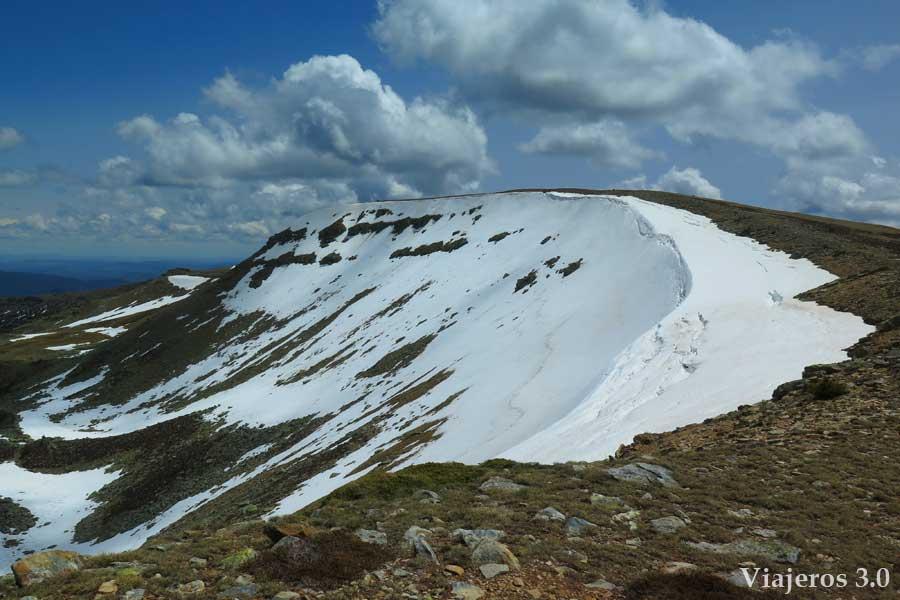 senderismo en la Laguna Negra, pico Urbión