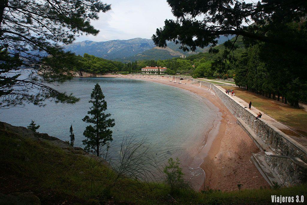 playa de Milocer en Sveti Stefan
