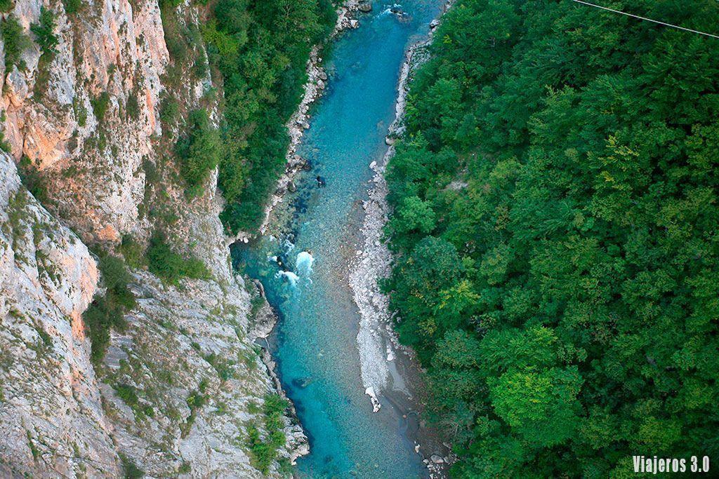 Guía de Montenegro, río Tara