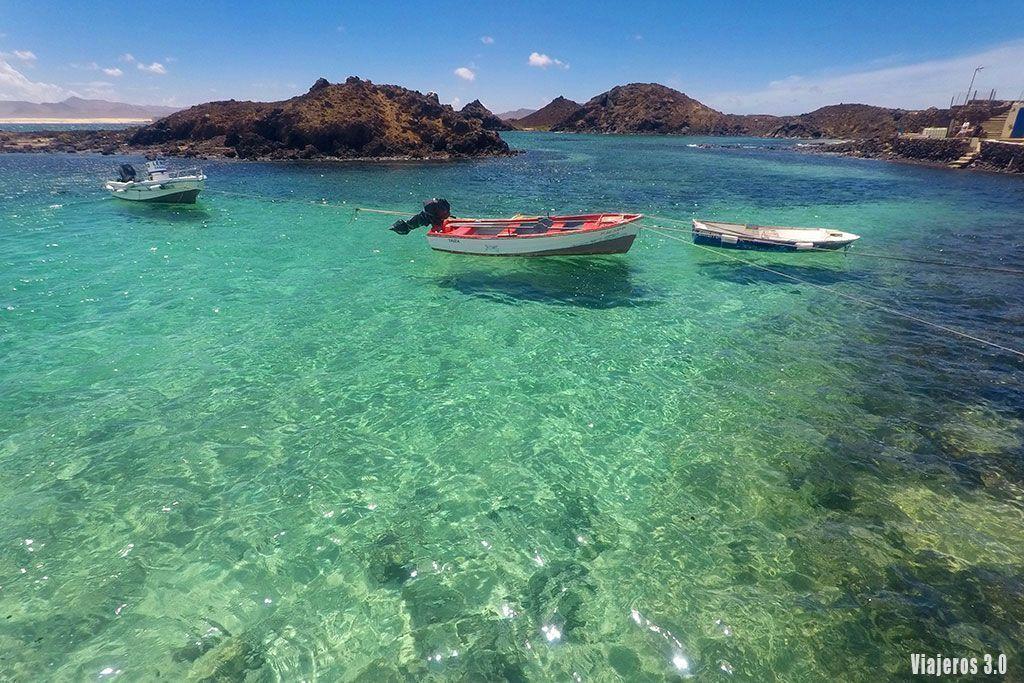 aguas cristalinas en el Puertito de Lobos, ruta por Fuerteventura en 4 días