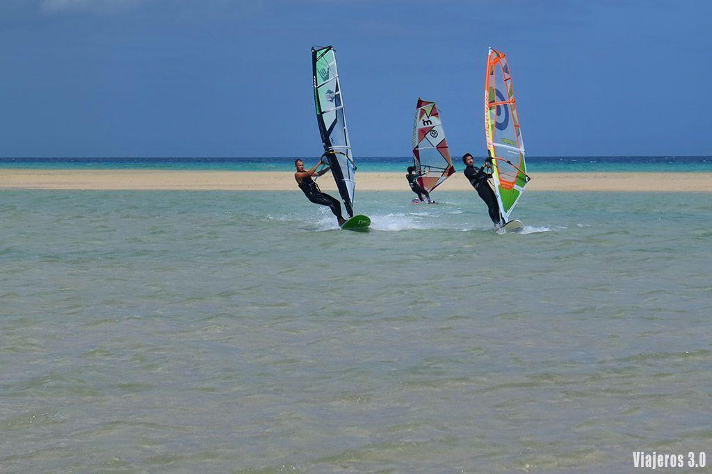 deportes acuáticos en las mejores playas de Fuerteventura