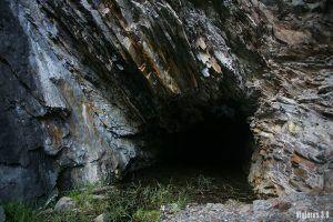 Cueva de los Cambrones, ruta por las 7 Villas en La Rioja
