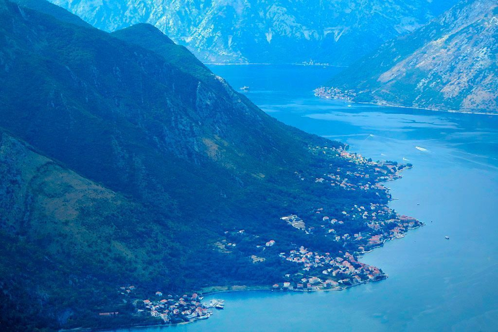 paisajes en la ruta por la Bahía de Kotor