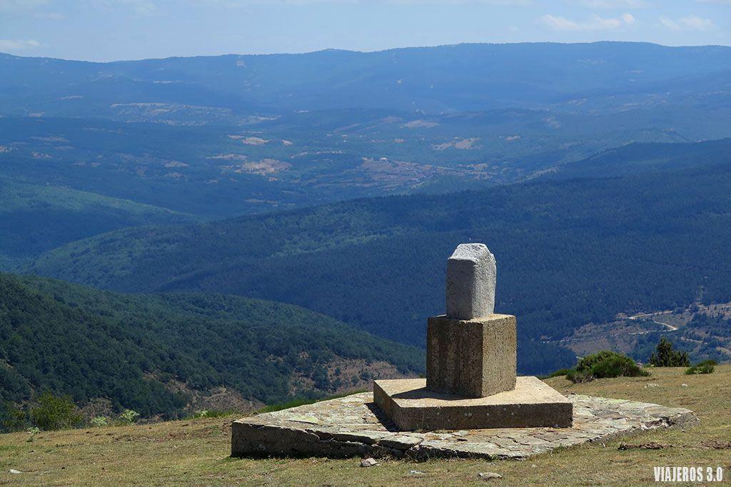 Estela romana, qué ver en la Sierra de Cebollera.