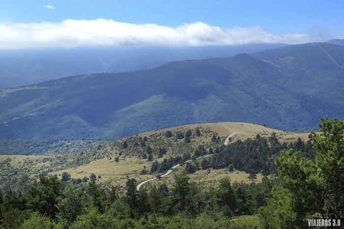 vistas desde el pico Mojón Alto en la Sierra de Cebollera