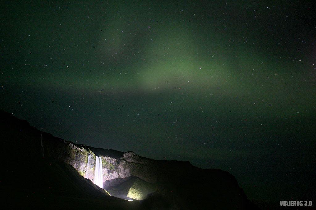 Ver auroras boreales en Islandia, Seljalandsfoss