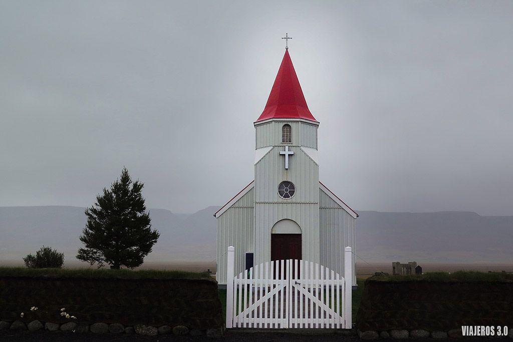 Iglesia Ingjaldsholl, ruta por Islandia