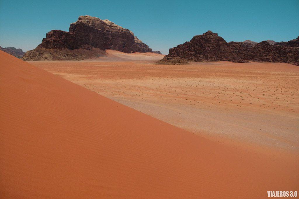 dunas en Wadi Rum, ruta por Jordania
