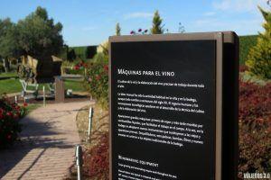 Museo del Vino de Pagos del Rey, jardines