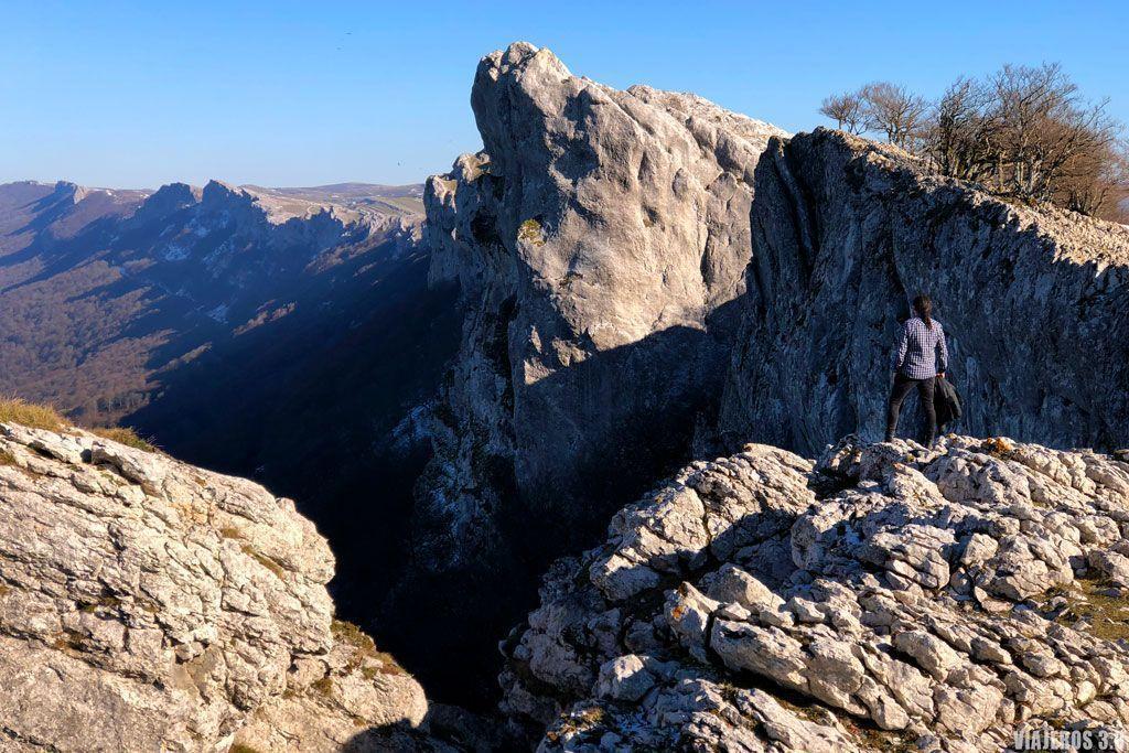 Senderismo en la Sierra de Andía.