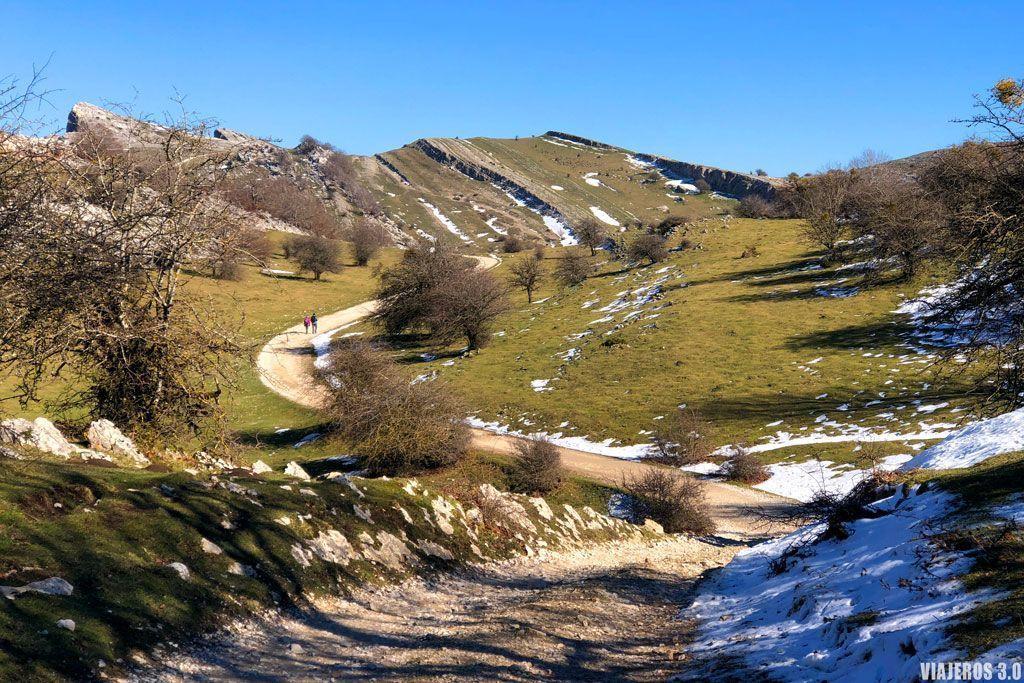 Ruta de la Ermita de Adrián, Parque Natural de Urbasa y Andía