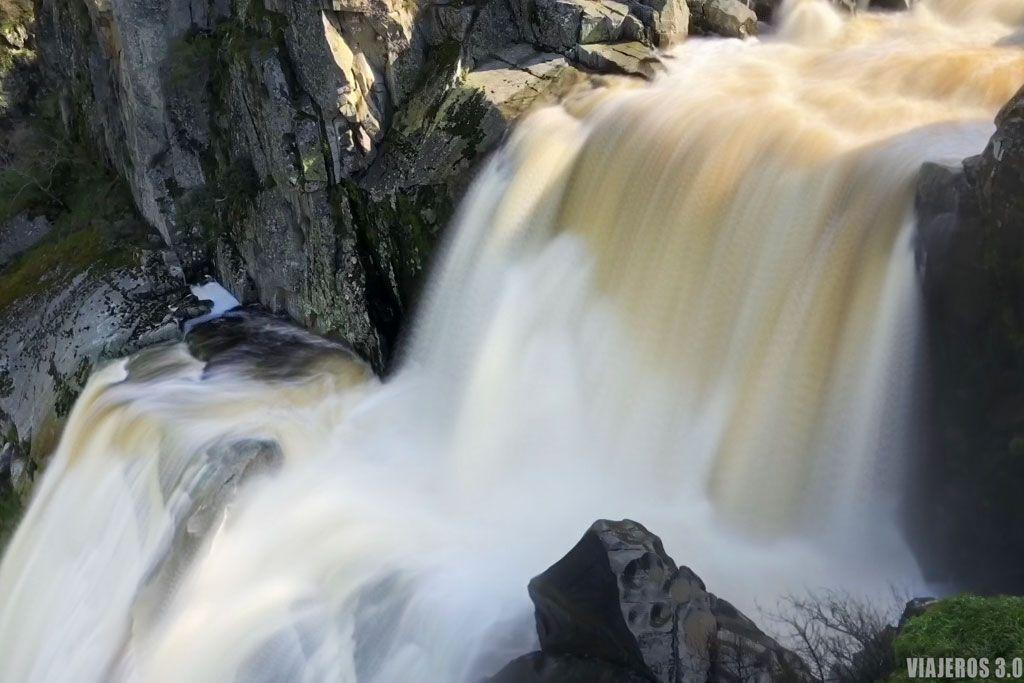 Qué ver cerca de cascada de Faia da Agua Alta, el Pozo de los Humos
