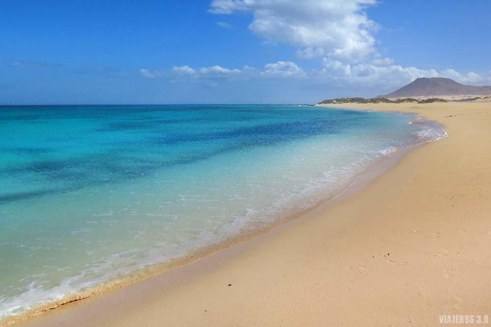 Excursión a Fuerteventura desde Lanzarote, playas de Corralejo