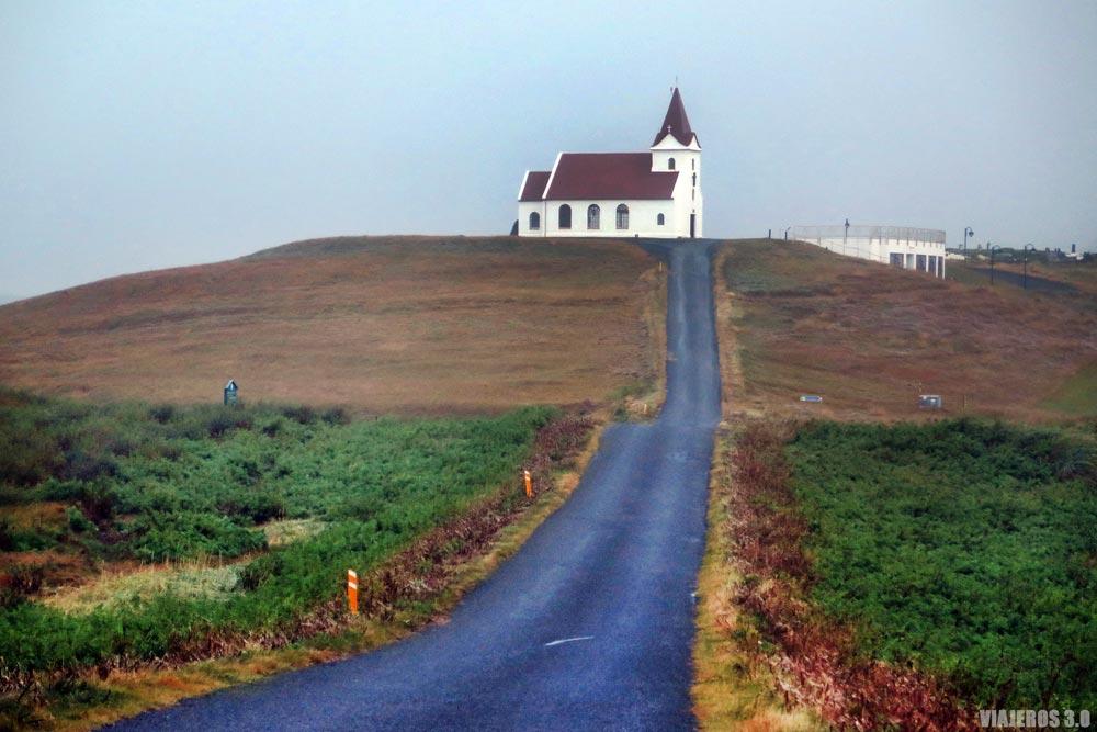 Iglesia Ingjaldshóll, qué ver en la península de Snaefellsnes