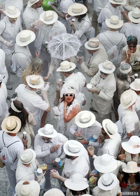 Guerra de polvos de talco en el Carnaval de Los Indianos