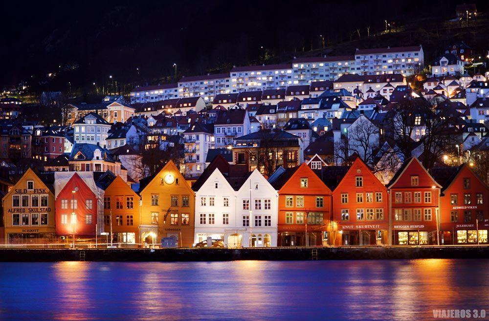 Casitas de Bryggen, qué ver en Bergen en un día.