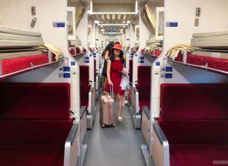 Tren nocturno de Bangkok a Chiang Mai.