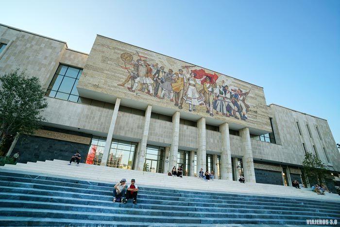 plaza Skanderbeg, qué ver en Tirana