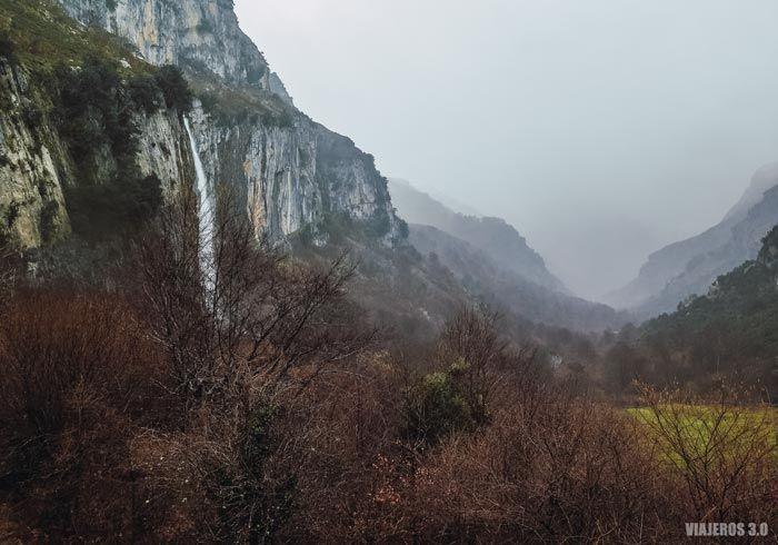 Nacimiento del río Asón, las cascadas de España más bonitas